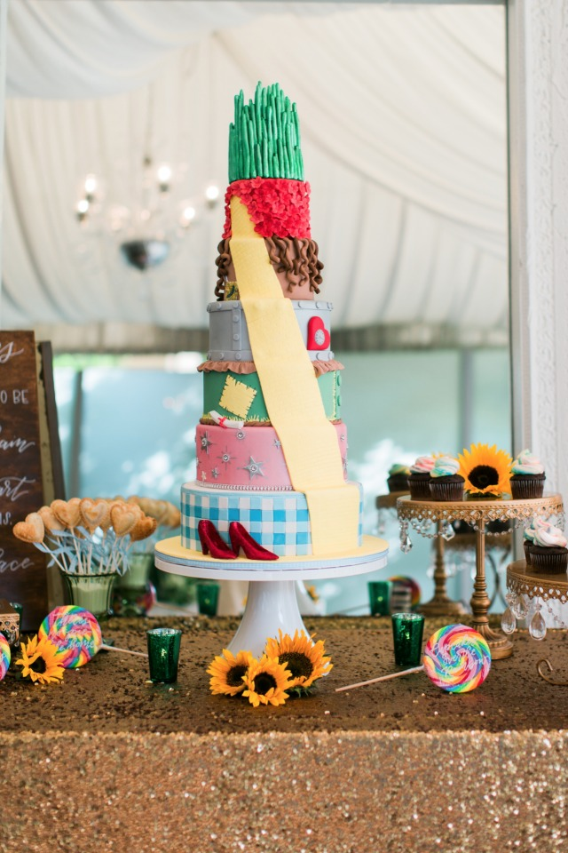 wizard of oz themed wedding cake