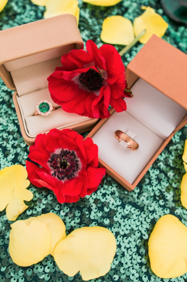 emerald wedding ring perfect for your wizard of oz wedding