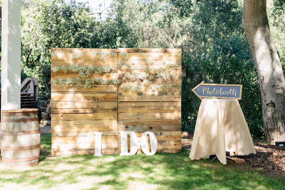 I Do Wood Pallet Wedding Photobooth Backdrop