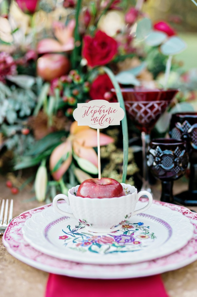 mismatched china and apple place card