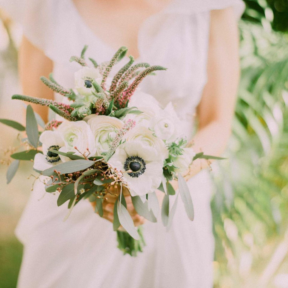 anemoe wedding bouquet