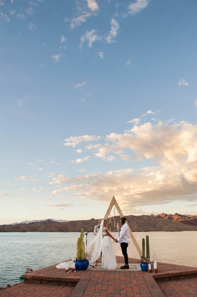 Desert lake front wedding in Arizona