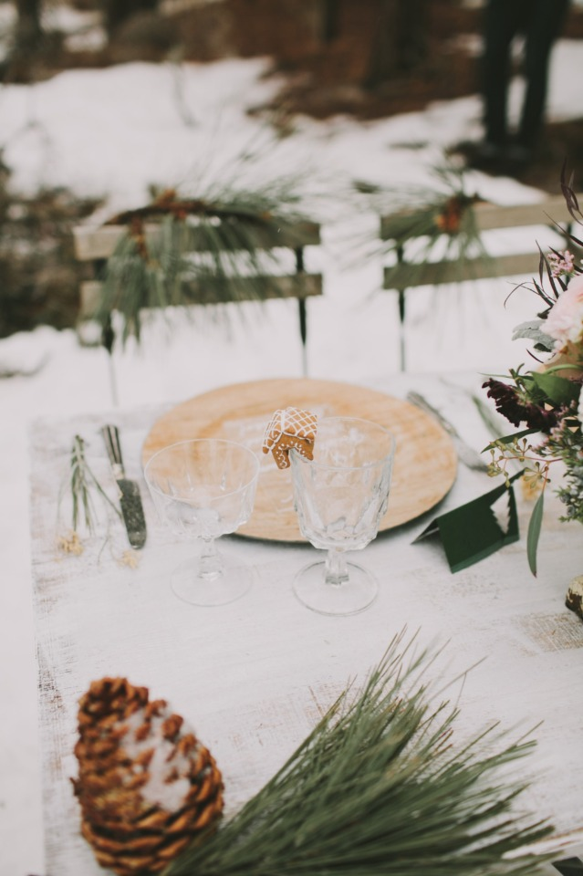 snowy winter wedding table decor