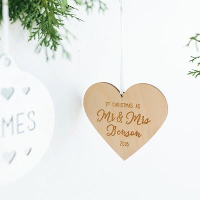 15 Holiday Gifts For The Bride