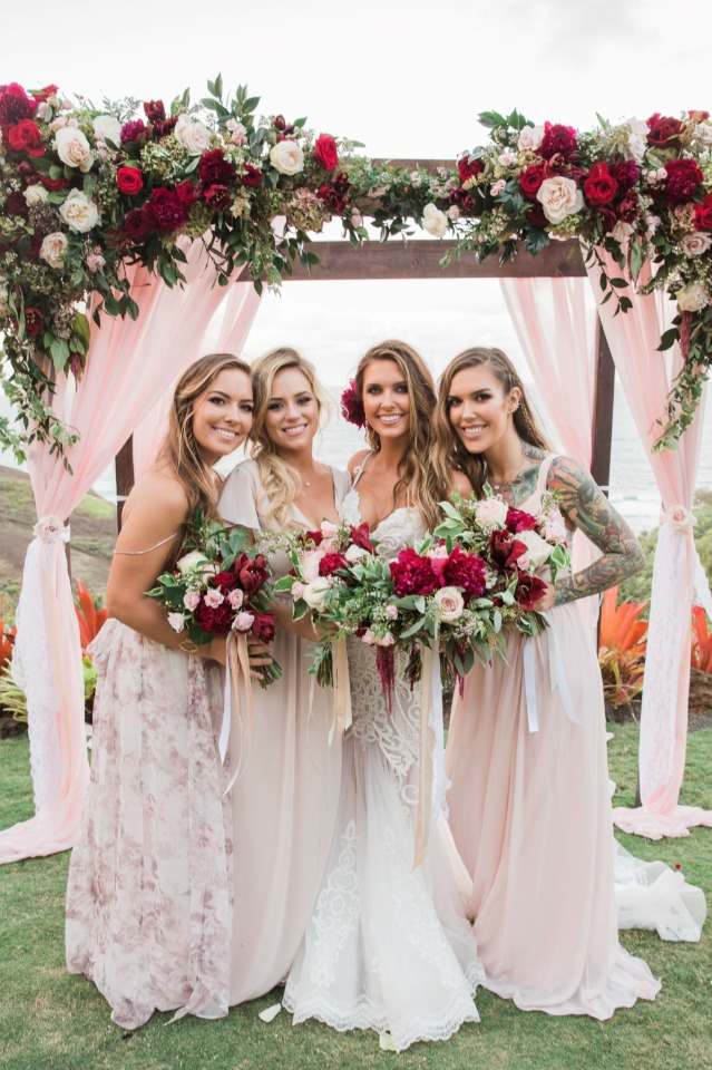 Audrina Patridge with her bridesmaids