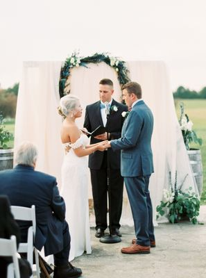Learn How To Tailor Your Big Day To Match Your Love Perfectly