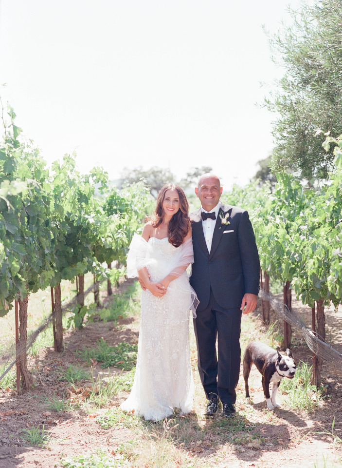 beautiful wedding photography vineyard idea