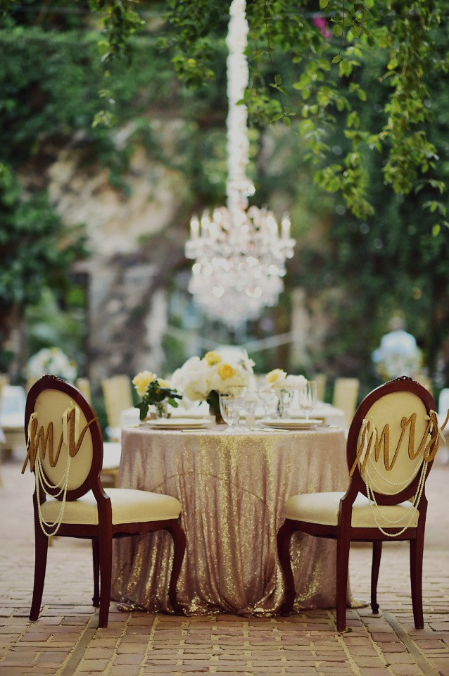 glam gold and yellow sweetheart table