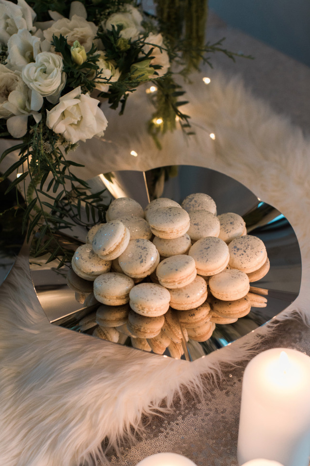 Vanilla and Sparkly  Macarons