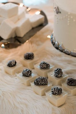 How To Set Up a Glamorous Wintry Dessert Table