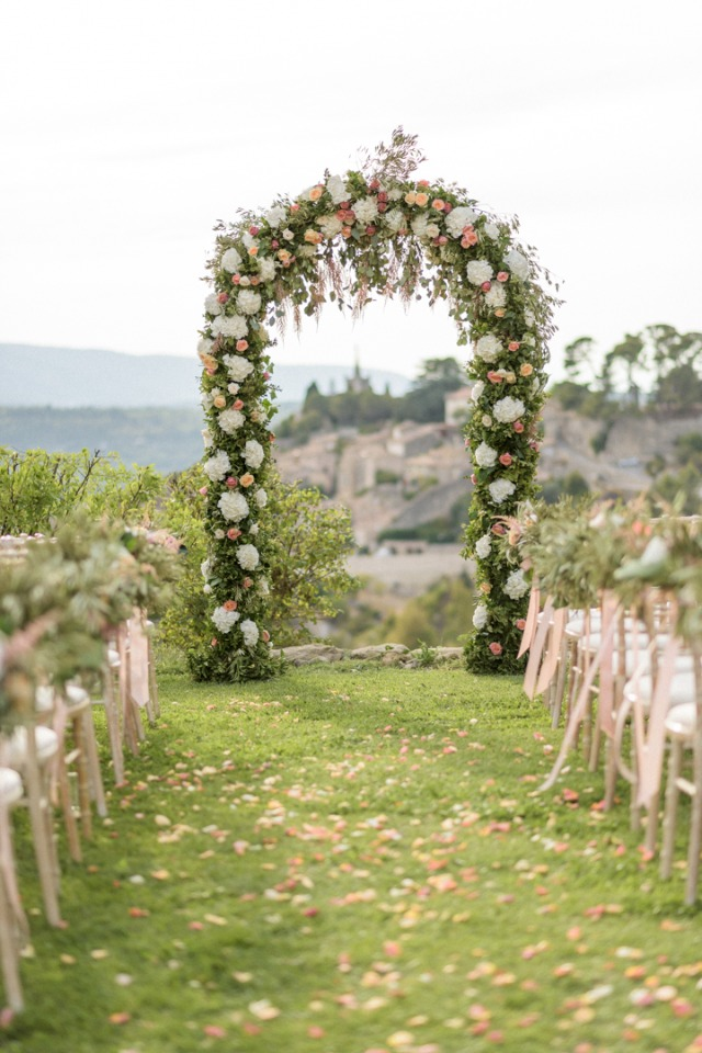 Garden rose wedding arch