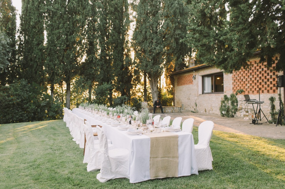 Family style dining for outdoor reception