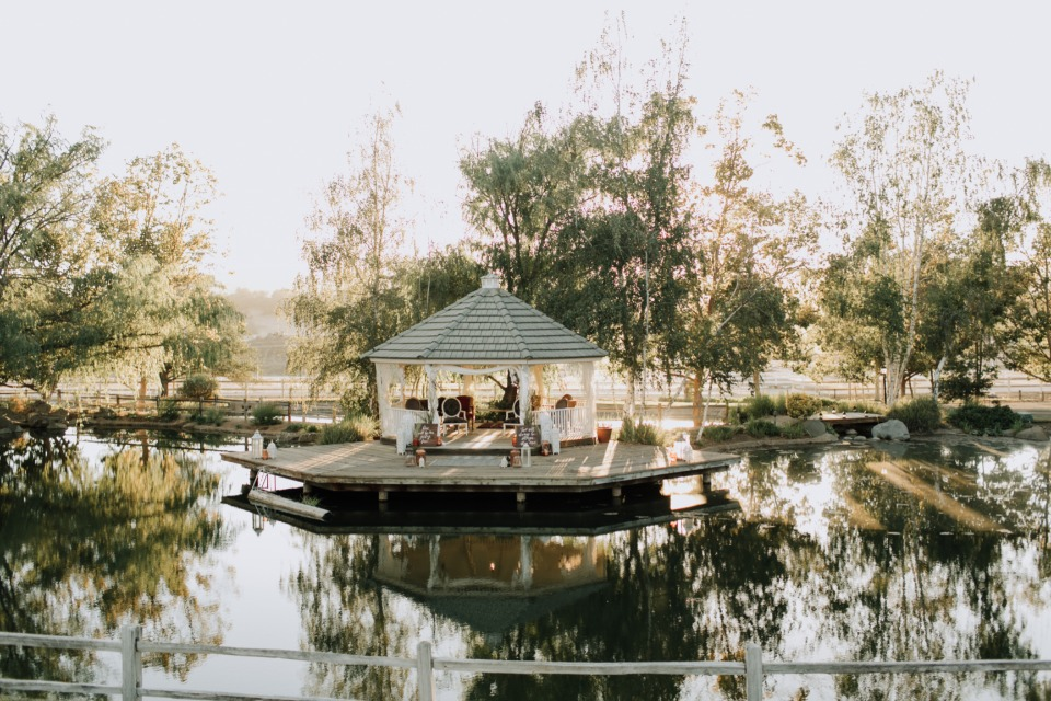 Lakefront gazebo wedding
