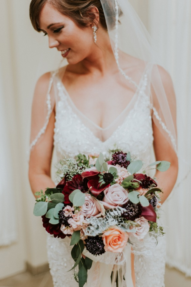 Soft colors wedding bouquet