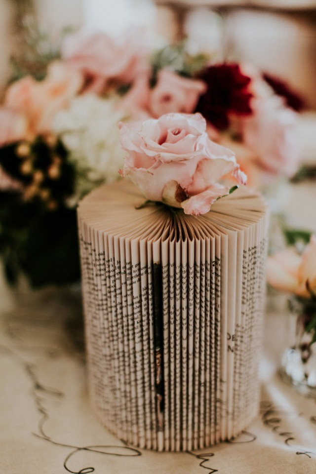 Cool book vase idea