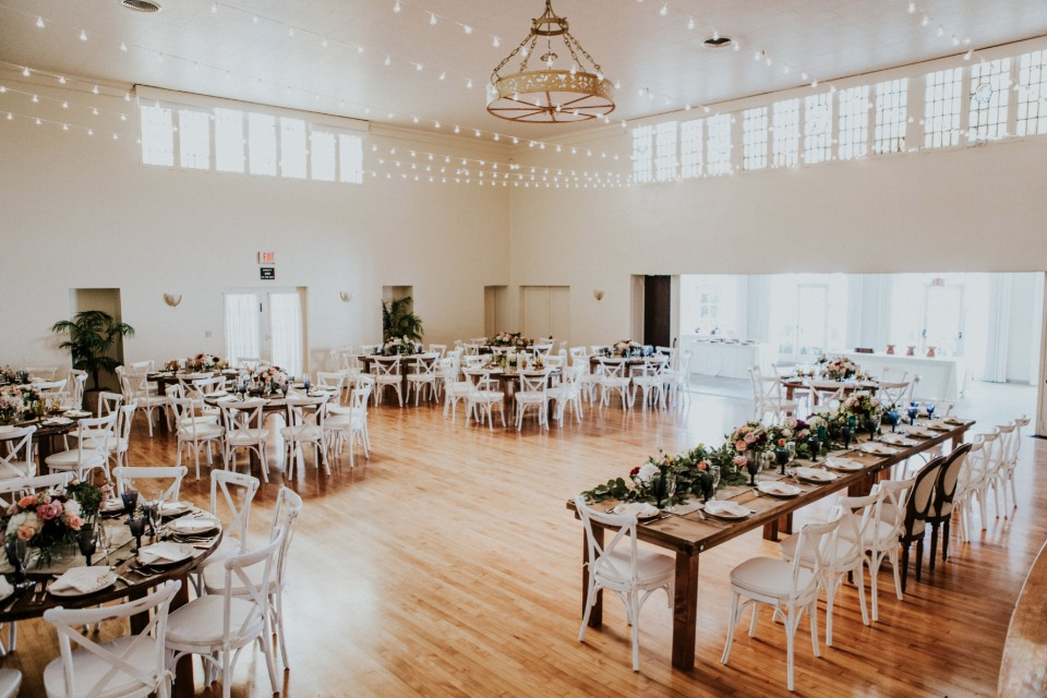 Elegant indoor reception