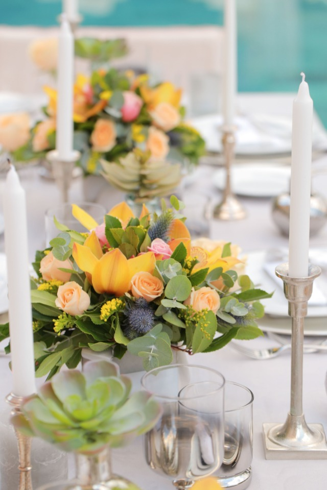 vibrant splashes of color in the centerpieces