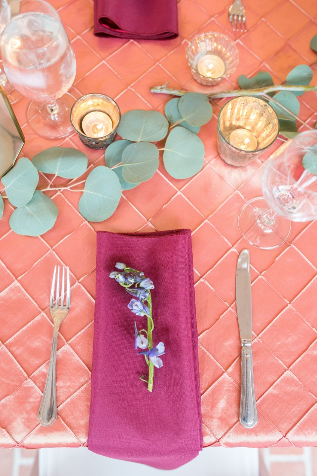 Simple and elegant place setting