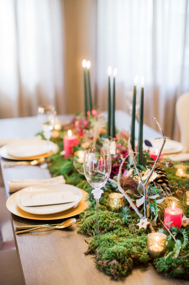 romantic and rustic holiday themed centerpiece
