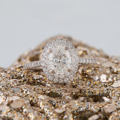 Winter Wedding Proposals And Pretty Engagement Rings