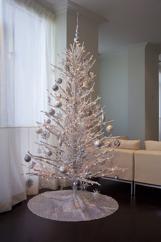 silver frosted modern Christmas tree
