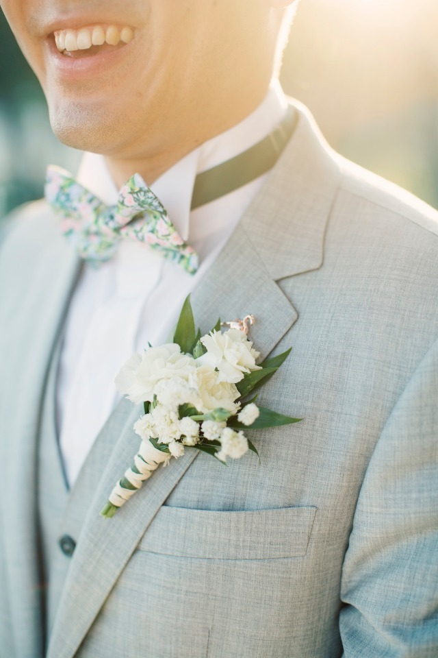 broom in grey with floral accents