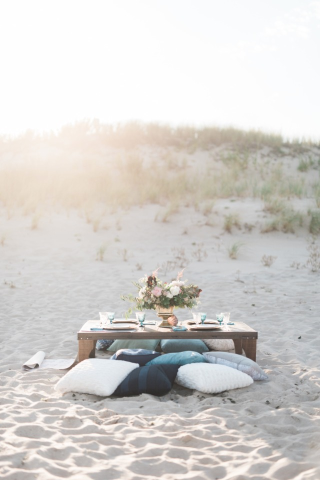 Laid back beach reception