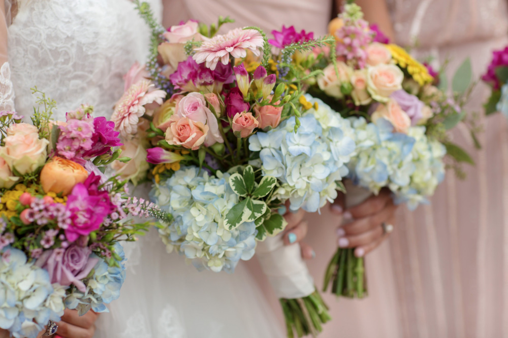 mixed floral bouquets