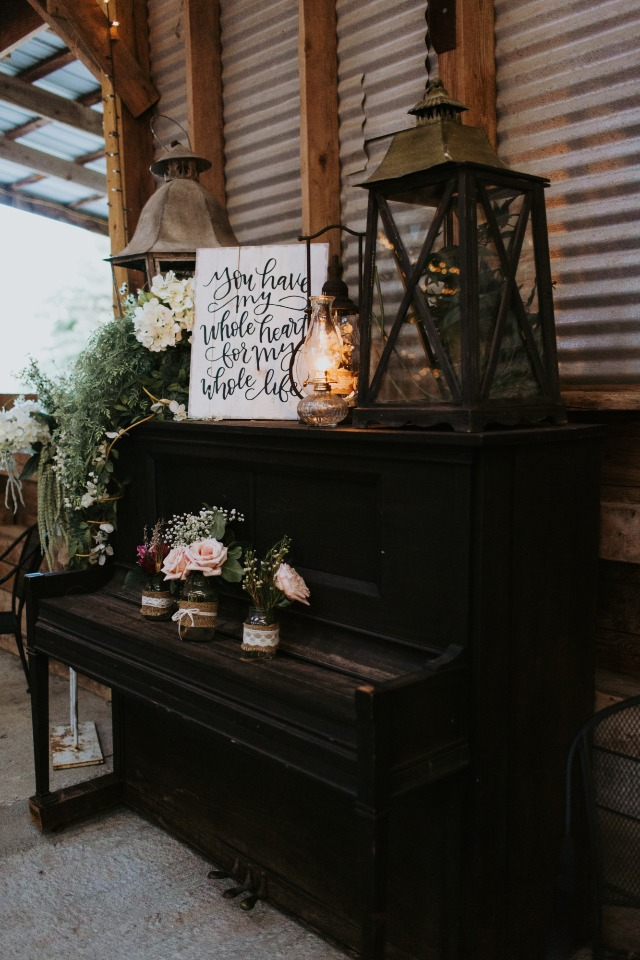 shabby chic wedding reception decor