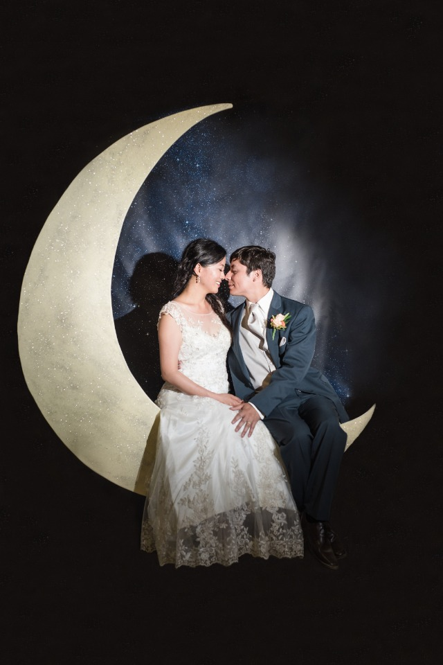Cute moon wedding photo