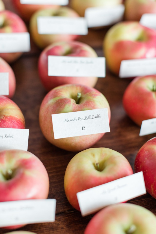 find your seat fresh apple escort cards