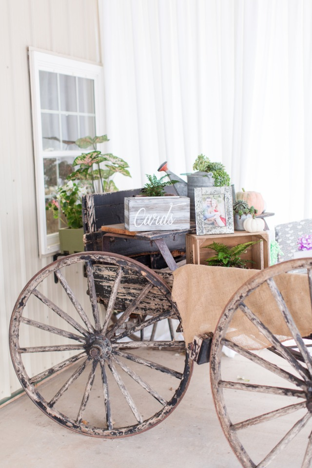 old cart card and gift table