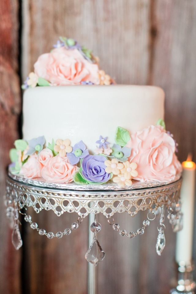 pink and purple floral wedding cake