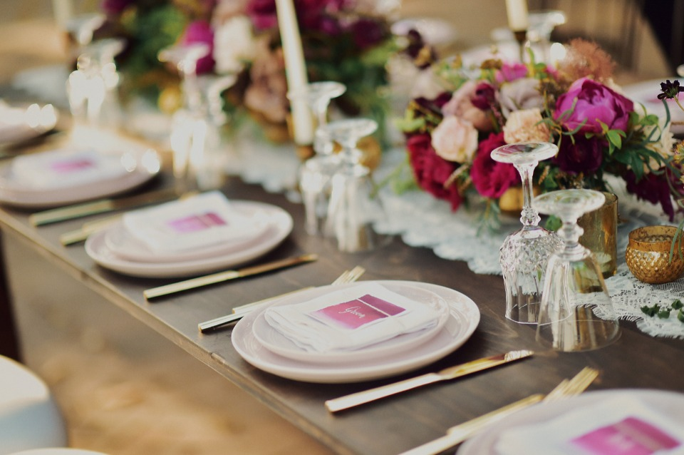 Simple and chic pink table decor ideas