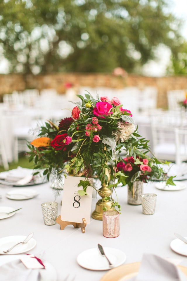 romantic vintage chic table decor