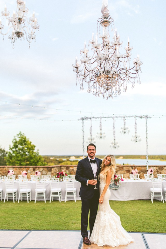 chandeliers make your wedding so glam