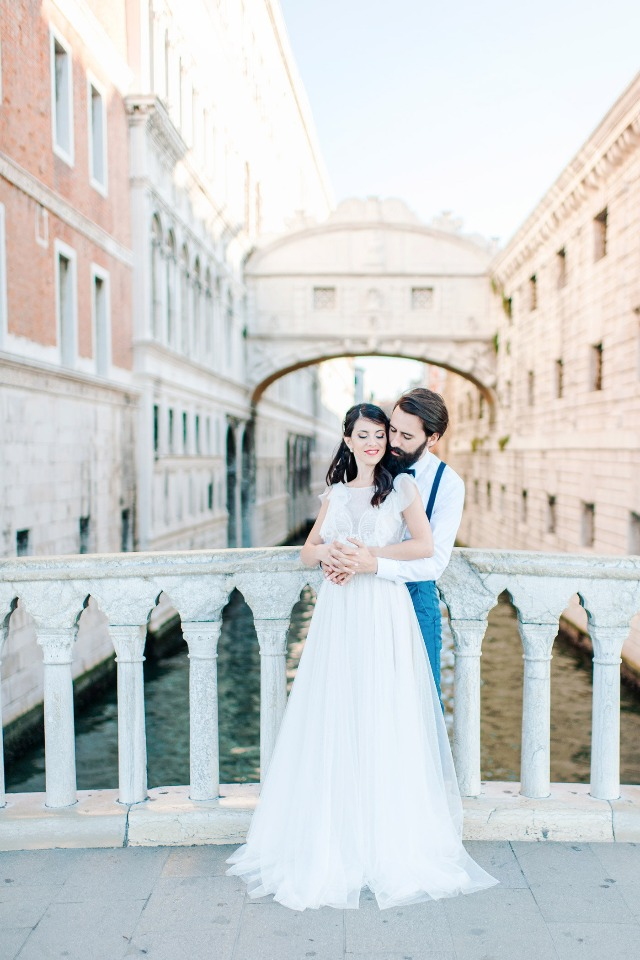 Venice canal wedding photos