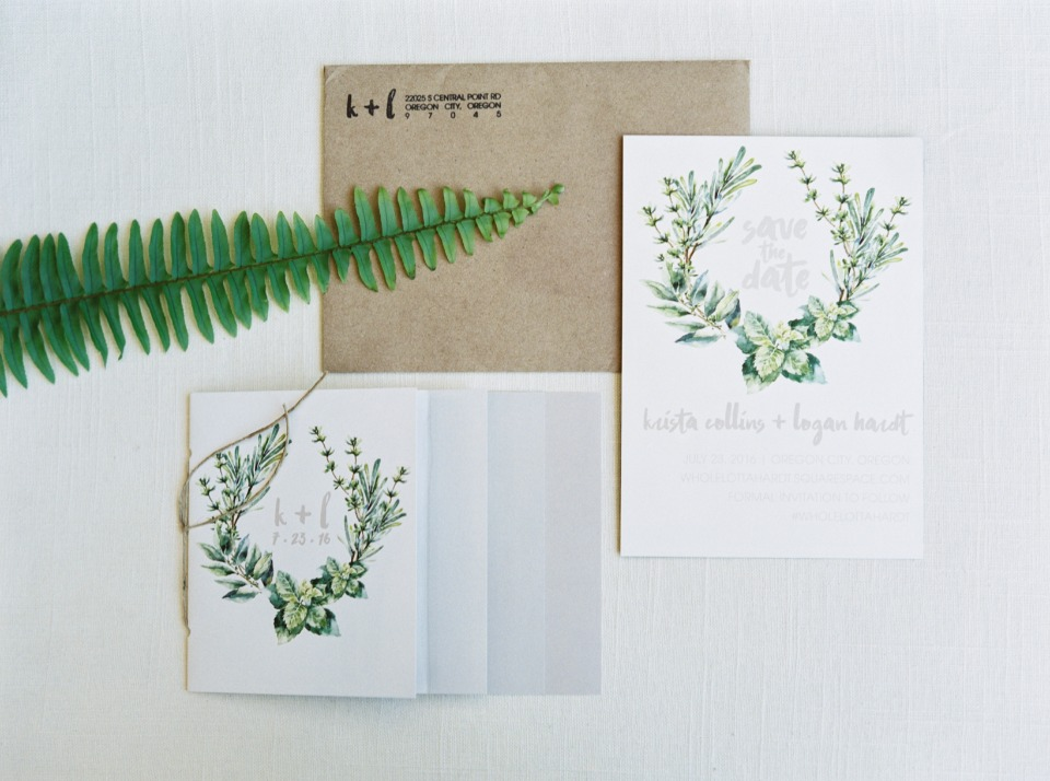Greenery wedding stationery idea