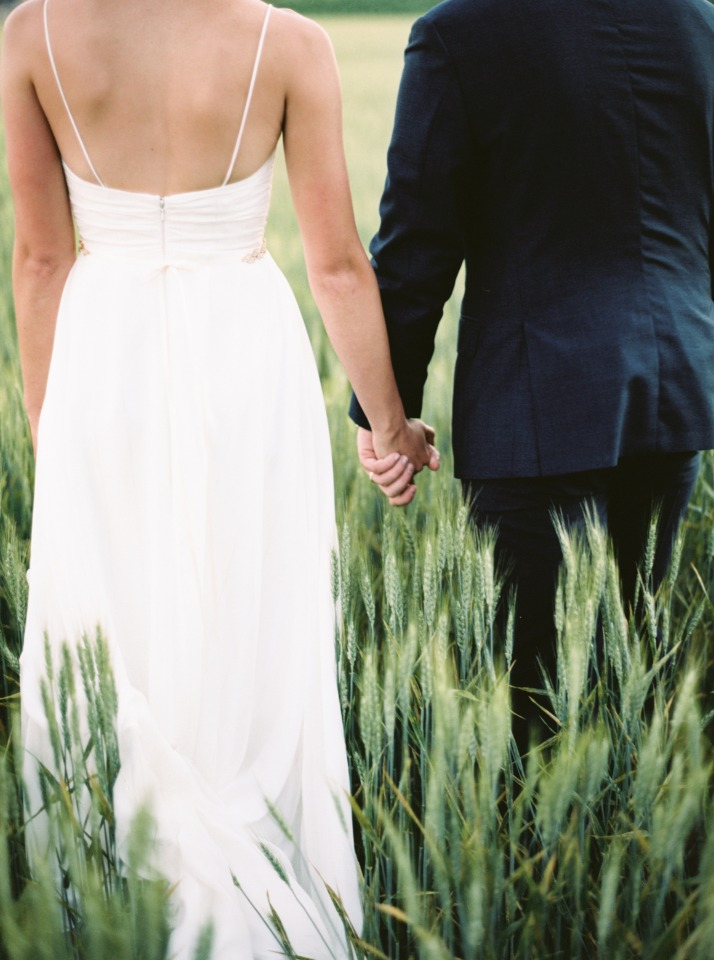 Wheat field wedding portrait idea