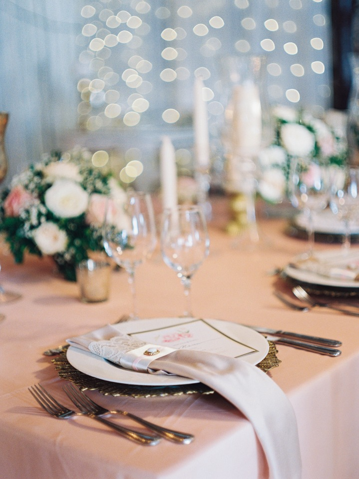 soft blush and gold glam wedding table decor