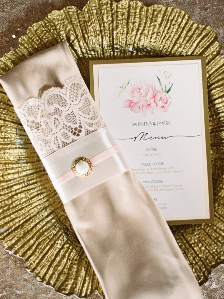 elegant and soft blush and gold place setting