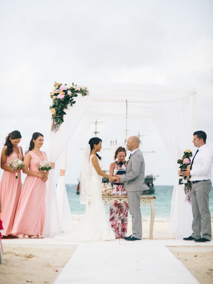 beach wedding in pink and grey