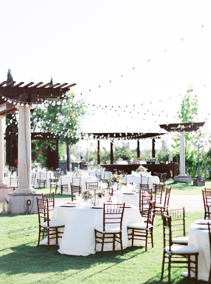 elegant green lawn wedding reception