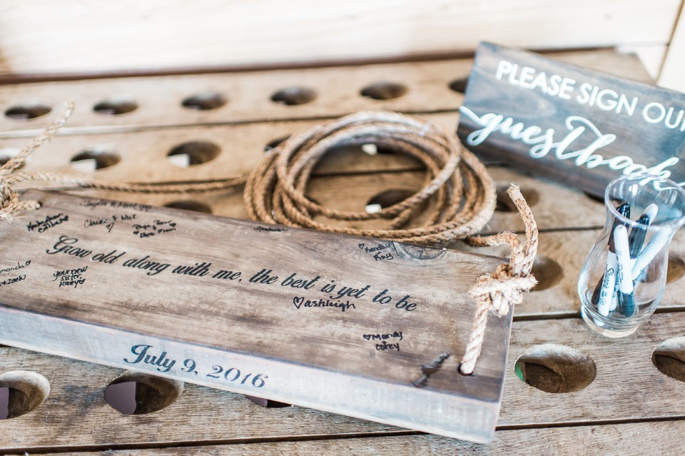 Guestbook swing