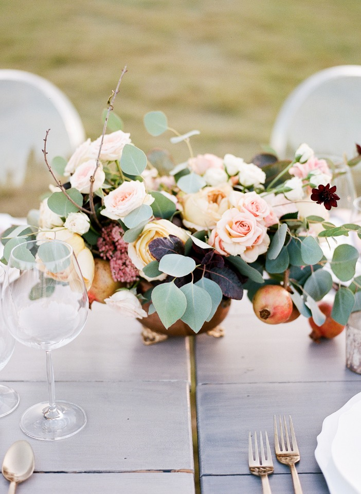 romantic and vintage style centerpiece