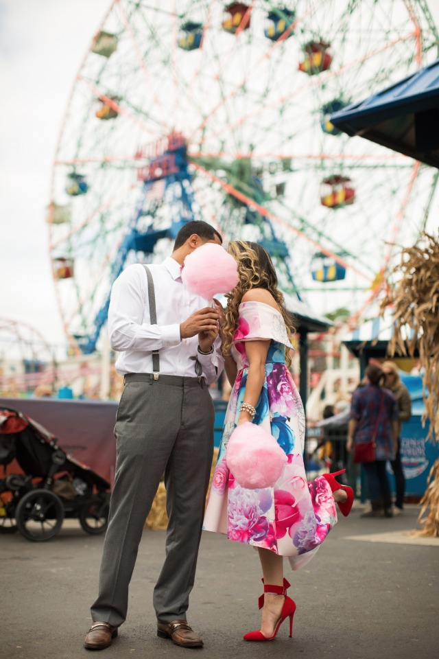 Cute engagement shoot at Coney Island