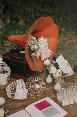 This Is What A Romantic English Wedding Would Look Like In Spain