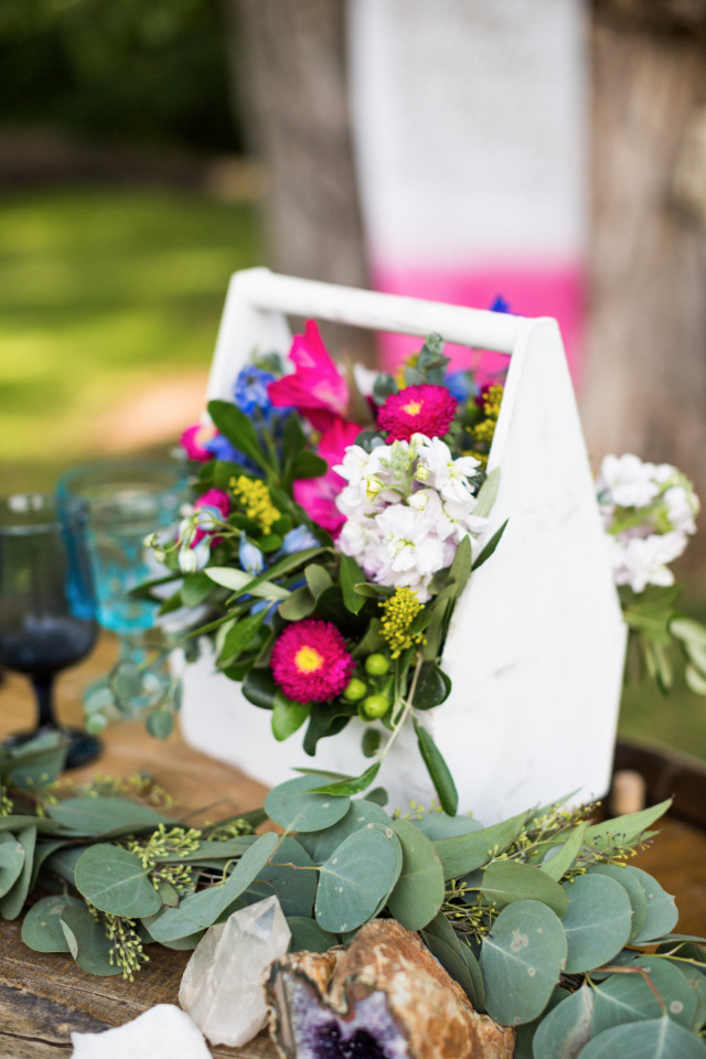 pink blue and white floral wedding decor