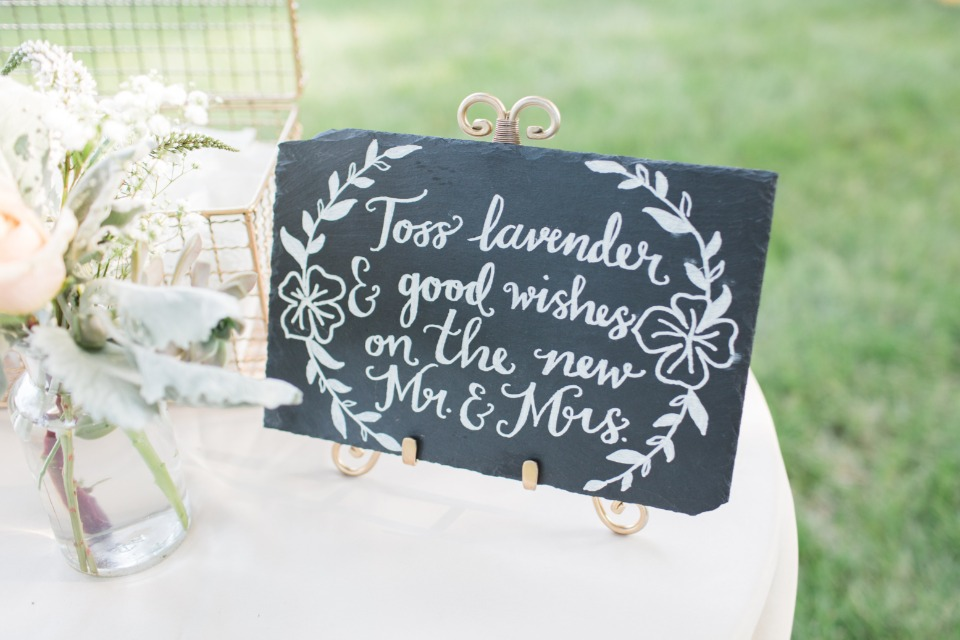 Lavender toss sign idea
