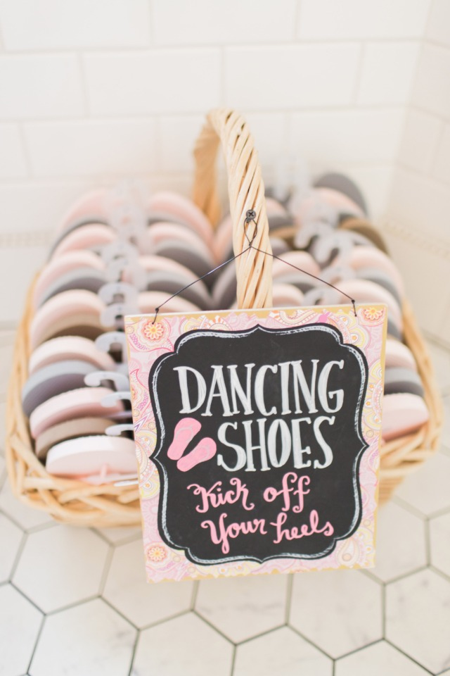 Cute dancing shoes sign idea for reception